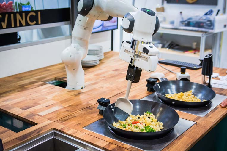 The DaVinci Kitchen robot