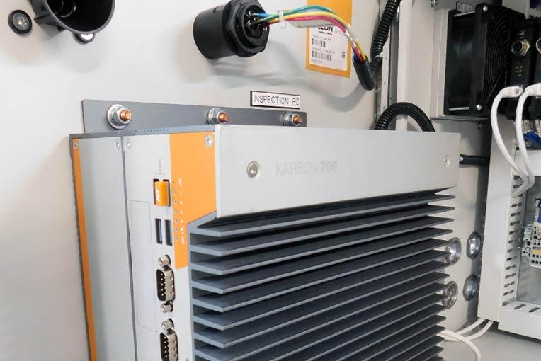 OnLogic K700 Rugged Computer installiert im Artemis Vision Schrank